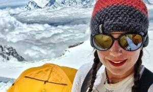 Stefi Troguet, al camp base del Dhaulagiri. Foto: Facebook Stefi Troguet