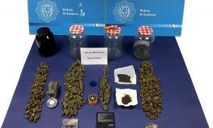 La droga comissada per la policia.