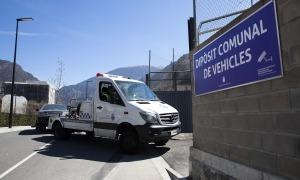 El nou dipòsit comunal de vehicles.
