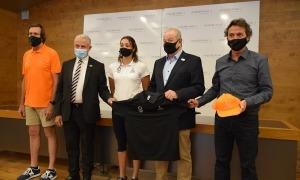 Josep Maria Cabanes, Jaume Martí, Jordi Orteu i Mònica Dòria, amb el nou equipament.