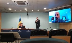 El ministre de Salut, Joan Martínez Benazet, ha comparegut amb la cap d'àrea de Prevenció de la Salut, Rosa Vidal.
