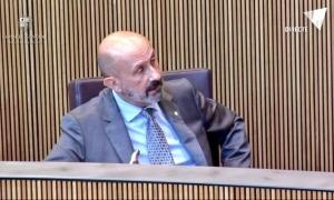 El ministre de Salut, Joan Martínez Benazet, en la sessió de control a l'executiu.