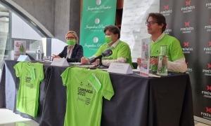 Un moment de la presentació de la vuitena caminada contra el càncer.