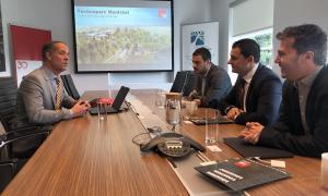 Marc, Galabert, Jordi Gallardo i Marc Pons en una reunió al Canadà.