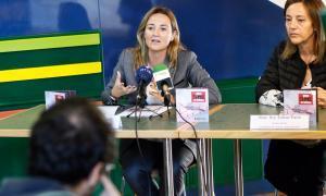 Campanya al Pas per conscienciar els comerciants de l'ús del català
