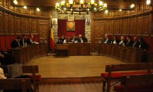 Un moment de la sessió de consell de comú de Sant Julià de Lòria celebrada aquest dilluns.
