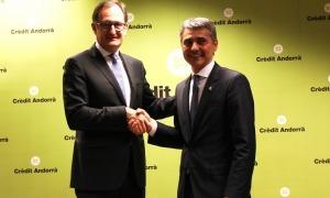 El conseller executiu i director general de Crèdit Andorrà, Xavier Cornella i el president de la Trobada Empresarial al Pirineu, Vicenç Voltes.