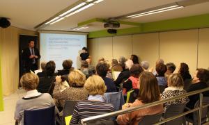 Una de les xerrades organitzada per la Fundació Crèdit Andorrà