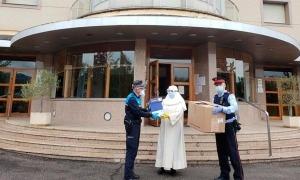 Lliurament de material sanitàri a la residència el passat mes d'abril.