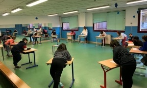 Els alumnes de l'escola francesa de Sant Julià de Lòria.