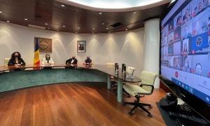 Un instant de la reunió virtual que ha servit per guardonar Encamp amb l'escombra de platí.
