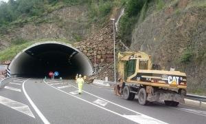 Imatge de l'entrada del túnel del Bordar, a la N-145
