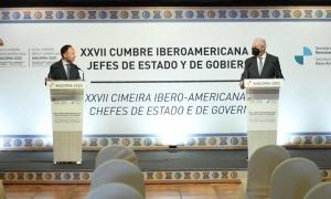 El cap de Govern, Xavier Espot, i el president de la CEA, Gerard Cadena, aquest matí a Soldeu.