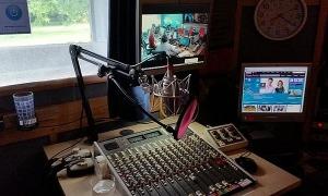 Un estudi de ràdio.