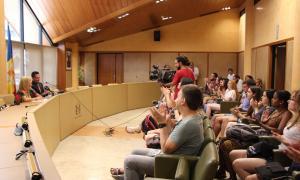 Els 30 estudiants d'arreu del món en l'acte inicial de la setmana que passaran a Andorra estudiant el català i coneixent el país.
