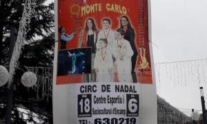 El cartell anunciador del circ, escrit en castellà.