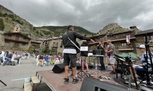 Actuació d'El último Toscano, aquesta tarda.