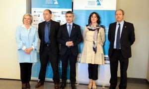 El president de l'Associació Trobada Empresarial al Pirineu, Vicenç Voltes, amb altres representants de l'entitat organitzadora.