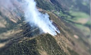 Estabilitzat l'incendi forestal d'alta muntanya entre Esterri i la Guingueta d'Àneu, que ha cremat entre 12 i 14 hectàrees