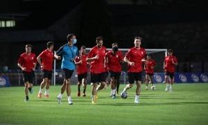 Els jugadors escaldencs ahir en l'entrenament a l'Estadi Comunal Joan Samarra Vila.