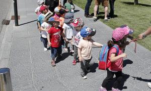Infants d'una escola bressol.