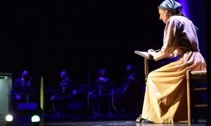Un instant del concert 'Música per la memòria' celebrat aquest dimecres a la sala Prat del Roure.