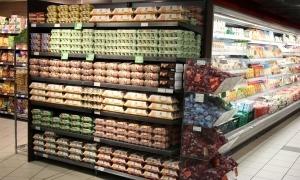 Productes d'alimentació en uns grans magatzems del país.