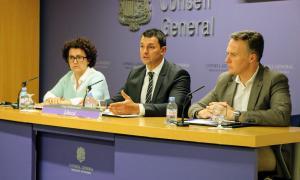 Els consellers generals liberals en la compareixença d'ahir.