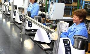 Línia de producció de la fàbrica a Oliana.