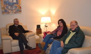 L'activista, durant una visita al copríncep episcopal.