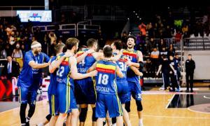 Els jugadors del MoraBanc celebrant un triomf.