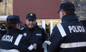 Tots els policies es formaran en matèria de terrorisme Tots els policies es formaran en matèria de terrorisme