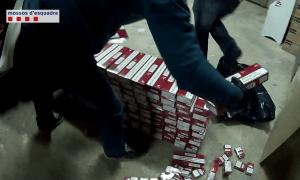 Desarticulat un grup de contrabandistes que distribuçïa tabac d'Andorra a tot Espanya
