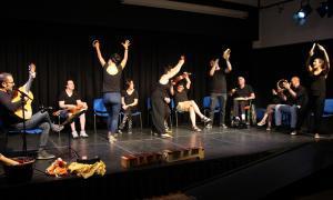 Un moment del concert final del projecte 'Música i creativitat', celebrat aquest divendres a la sala d'actes de la Llacuna
