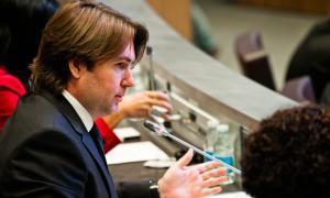 El conseller Carles Naudi pregunta pel registre de la marca Andorra