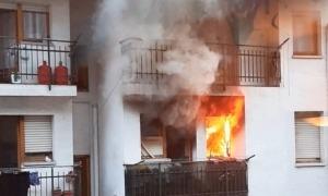 Els bombers van haver d'intervenir per apagar l'iuncendi de la casa Viiuda Llop d'Encamp.