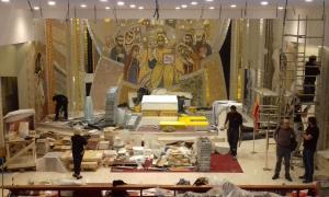 Aquest és l'aspecte que presentava la nau del temple a primera hora de la tarda, després de retirar les bastides del baptisteri, amb el Crist majestat al centre de l'escena.