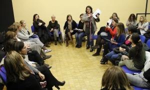 Una assemblea d'Acció Feminista.