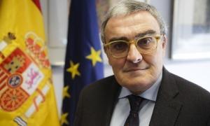 L'ambaixador espanyol, Àngel Ros, en el seu despatx.