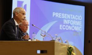 Antoni Martí i Miquel Armengol en la presentació de l'Informe econòmic 2017, ahir.