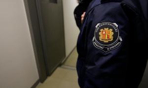 Entre dos i tres agents penitenciaris hauran de fer-se càrrec del servei.