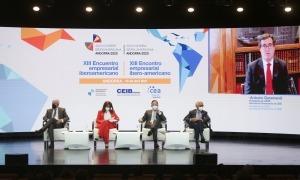 Un moment de la inauguració de la 13a Trobada Empresarial Iberoamericana, ahir al Centre de Congressos d'Andorra la Vella.