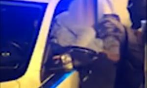 Els vídeos enregistrats pels joves que es trobaven a la plaça Laurèdia la nit dels aldarulls han servit per identificar més encausats.