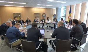 El treball en comissió condicionarà el vot d'LdA i PS a les competències