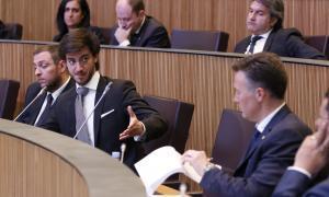 Consens dels grups parlamentaris perquè Radio Andorra aculli RTVA