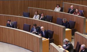 El ministre de Finances, Jordi Cinca, va informar d'unes dades relatives al cost del lloguer en la sessió de control d'ahir.