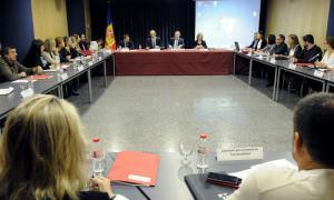Compromís del Govern per eliminar el contracte de baix rendiment