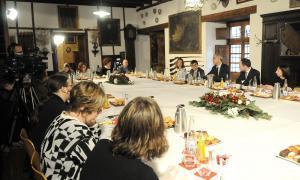 Martí fixa el 2017 per a les tres grans reformes encara pendents