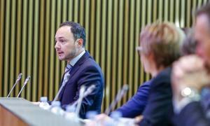 El candidat a cap de Govern de Demòcrates, Xavier Espot, en un moment de la intervenció en què va detallar el programa de Govern.