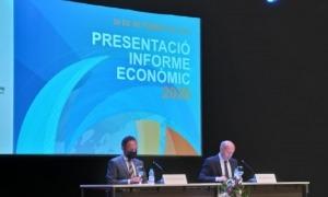El cap de Govern, Xavier Espot, i el president de la Cambra de Comerç, Josep Maria Mas, en la presentació de l'Informe econòmic.